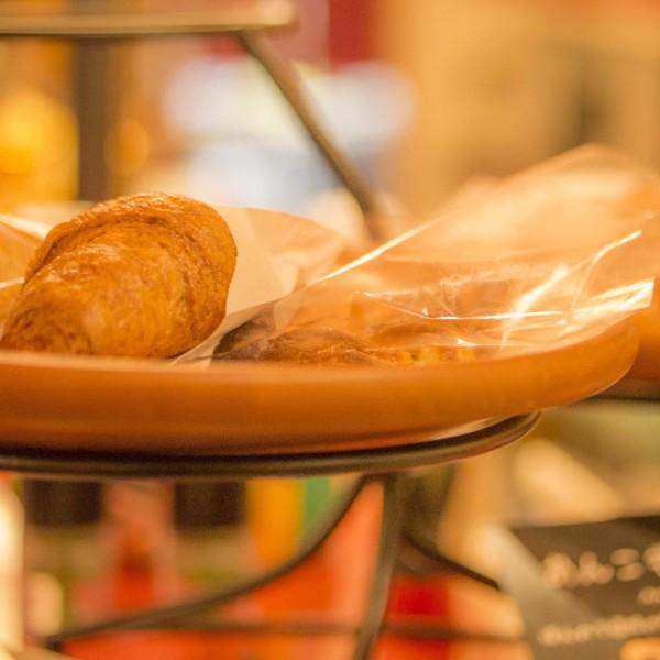 各種パン  ¥ 180~